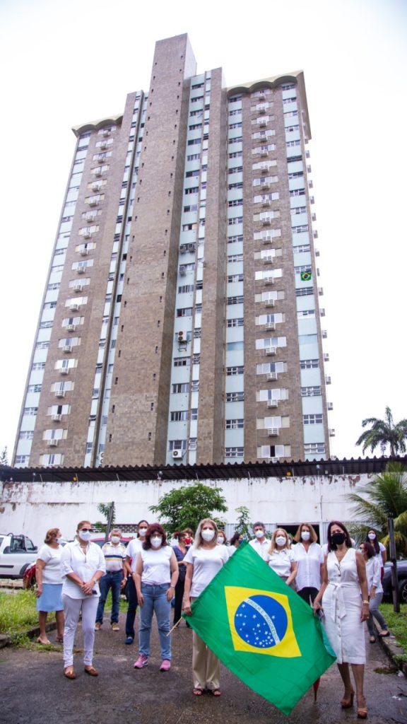 Moradores do Edifício Luciano Barros