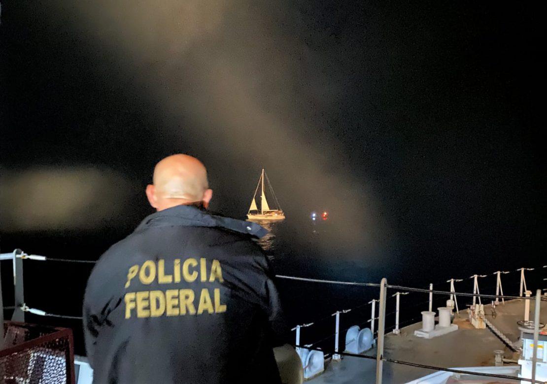 Marinha do Brasil e Polícia Federal