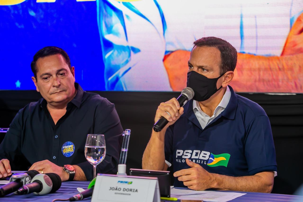 Ezequiel Ferreira e João Doria