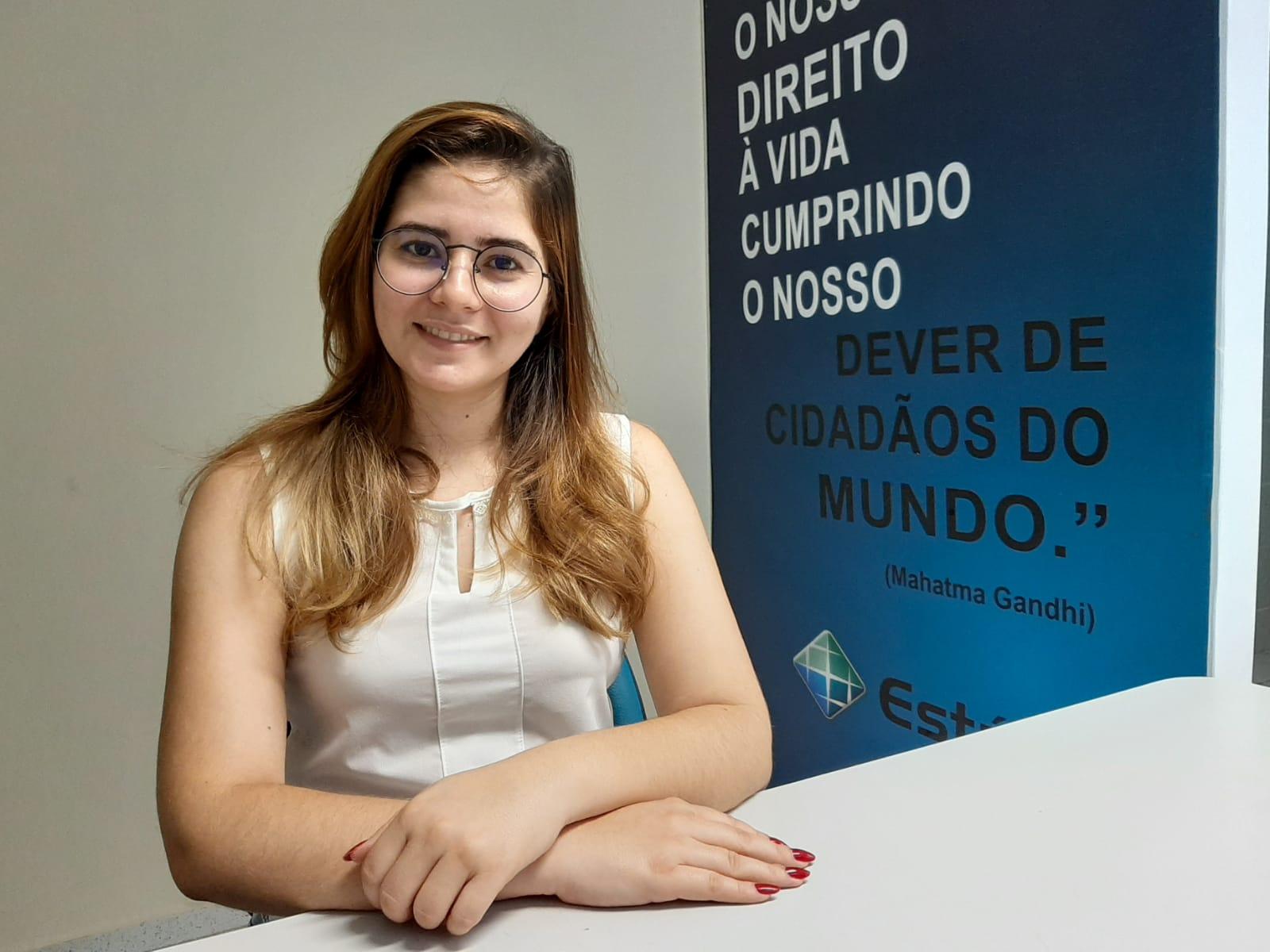 Sydennya Lima, psicóloga e docente da Estácio